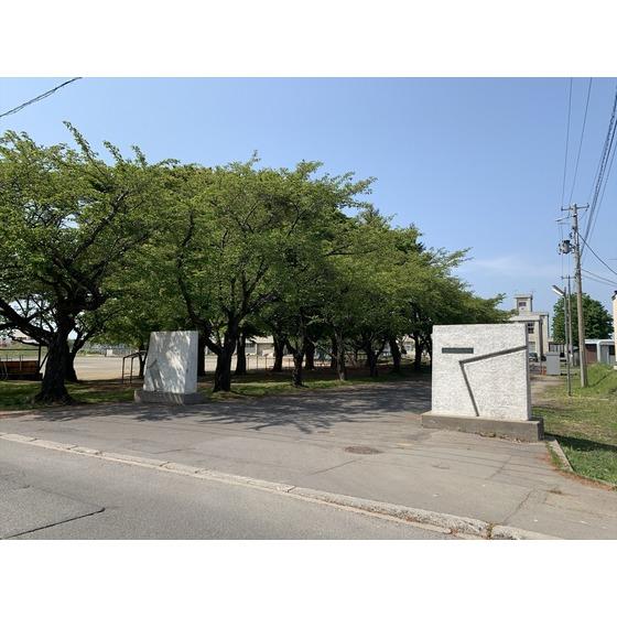 青森市立原別小学校