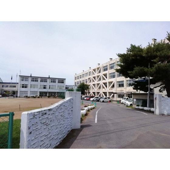 八戸市立白銀小学校