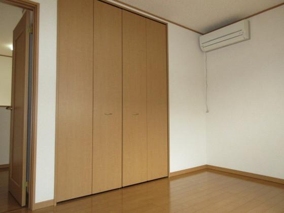 2F洋室の収納