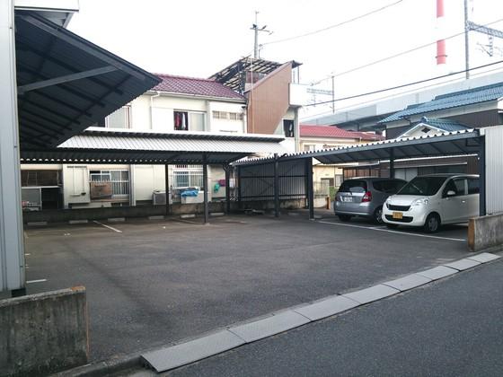 橋本町田丸駐車場